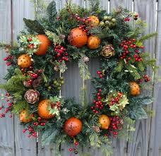 holiday christmas wreath williamsburg style christmas wreath