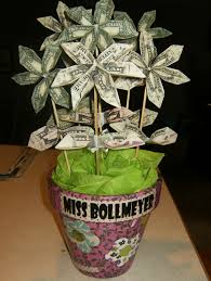 now this is a great teacher gift money flower bouquet so