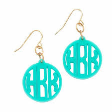 Monogramed Jewelry 14 Best Personalized Jewelry Monogrammed Jewelry Engraved