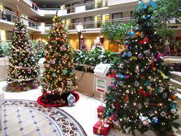 embassy suites atlanta galleria s festival of trees