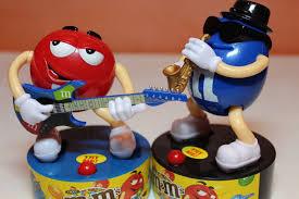 toys m m and singing mini figures