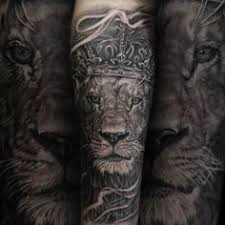 forearm sleeve mens lion with crown tattoos coroane pinterest