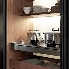 colonne rangement cuisine armoire de rangement pour cuisine colonne rientranti valcucine