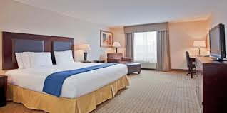 What Is A Hotel Wet Bar Holiday Inn Express U0026 Suites Swift Current Hotel By Ihg