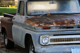 rusty pickup truck classic rusty pickup truck free stock photo public domain pictures