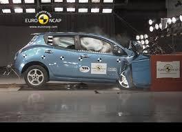 si e auto crash test nissan leaf guadagna 5 stelle euroncap per i crash test infomotori