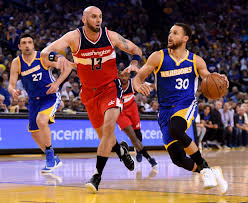 How Much Does Stephen Curry Bench Warriors Ride Stephen Curry U0027s Electric Effort To Win Over Wizards