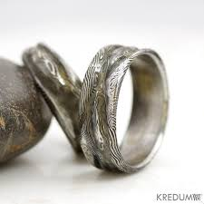 Wedding Ring Hand by 70 Best Wedding Rings Derek Likes Images On Pinterest Eternity