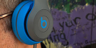 beats solo 2 wireless black friday beats solo2 wireless headphones review reviewed com headphones