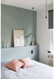 chambre couleur vert d eau un mur vert d eau pour une chambre colorée et lumineuse la maison