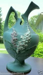 Roseville Pinecone Vase Roseville Pinecone Vase Vintage American Pottery Pinterest