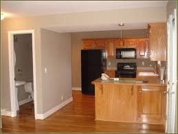 Dark Kitchen Floors by Dark Wood Floors With Honey Cabinets In Kitchen Wood Floors
