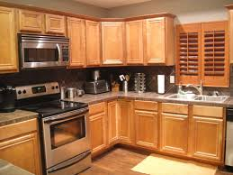 oak cabinet kitchen ideas lovable kitchen ideas with oak cabinets in interior decor plan with