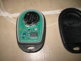 2005 toyota tacoma battery 2015 toyota tacoma key fob battery replacement guide 013