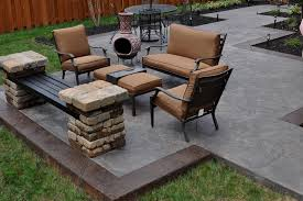 Cement Patio Table by Stained Concrete Patio With Border Patio Decoration