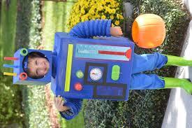 diy halloween kid u0027s costume the robot margaritaville blog