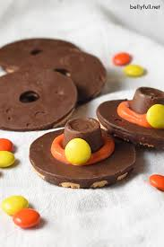 easy no bake pilgrim cookie hats recipe thanksgiving treats