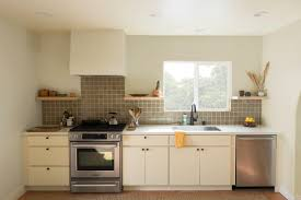 where is the best place to put knobs on kitchen cabinets learn how to place kitchen cabinet knobs and pulls cliqstudios