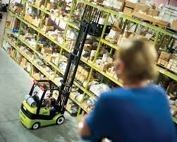 compact forklift with lpg drive c20 32c clark europe gmbh