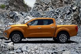 yellow nissan truck all new 2015 nissan navara frontier officially revealed w videos
