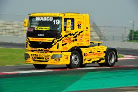 indian car tata wabco wabco india demonstrates advanced safety technologies at