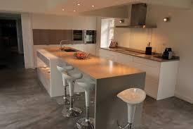 cuisine avec plan de travail plan de travail cuisine gris clair exemple de cuisine en u 13