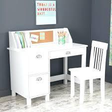 Small Child Desk Childs Desk Chair Bethebridge Co