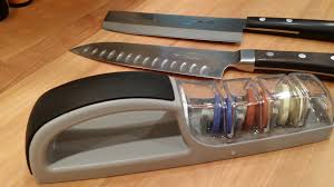 Sharpen Kitchen Knives Do Yourself A Favor Sharpen Your Knives With This To Be A Kitchen