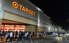 how early to get to black friday target 11 hilarious black friday images