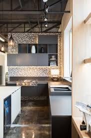 cuisine uip mobalpa cuisine contemporaine comptoir de stratifié armoire de mélamine et