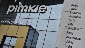 siege social pimkie la direction de pimkie annonce la suppression de 208 emplois en