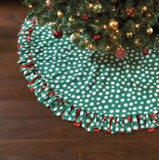 tie blanket tree skirt omg why have i never thought of this