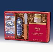 Meat And Cheese Gift Baskets 25 Melhores Ideias De Charcuterie Gift Box No Pinterest
