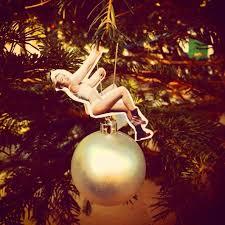 diy miley cyrus wrecking ornament things