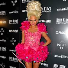 celebrities wearing the same halloween costumes popsugar celebrity