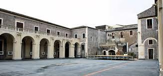 cortile platamone catania palazzo della cultura a catania