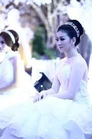 wedding dress surabaya a flawless makeup for bunda sarwendah29 during