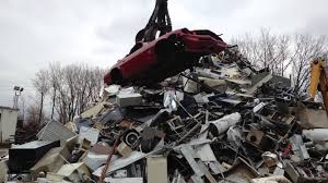 camaro salvage yard claw crushing my 1980 camaro at the scrapyard car scrapping