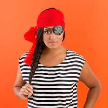 how to make the easiest last minute pirate costume ever