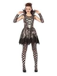 great selection of costumes beginning with v from vampires to