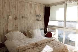 chambre ceruse bois cérusé blanc au mur poêle en céramique blanc c0662 mires
