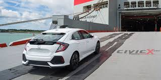 2017 honda civic hatch spotted undisguised at the docks photos