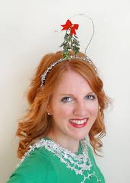 mistletoe headband 15 of the most creative christmas hairstyles veriy