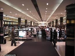 sephora siege sephora opens its australian store in sydney on december 5