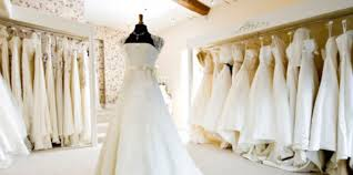 wedding dress hire london top 9 london wedding boutiques brides on budgets