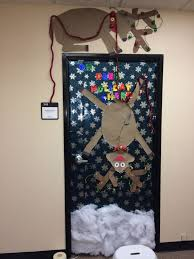 Christmas Office Door Decorations 17 Best Door Decorations Images On Pinterest Bulletin