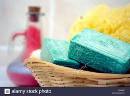 korb badezimmer bad seife schwamm korb badezimmer seifenstuecke koerperpflege