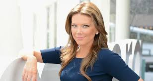 info about the anchirs hair on fox news trish regan wiki facts to know about the fox news anchor