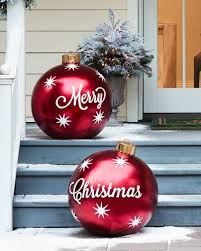 Outdoor Christmas Decor Pictures by Best 25 Outdoor Christmas Decorations Ideas On Pinterest