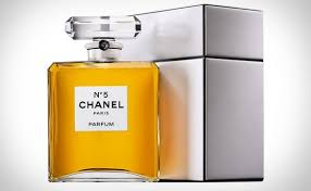 halloween parfum chanel no 5 parfum grand extrait a jumbo bottle of the iconic
